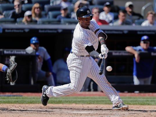 636599237051091736-0422-Blue-Jays-Yankees-Baseball-18333659.JPG
