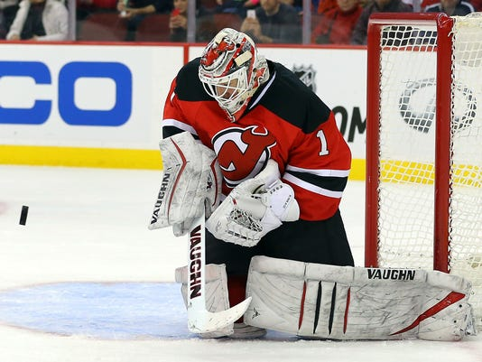 NHL: New York Islanders at New Jersey Devils