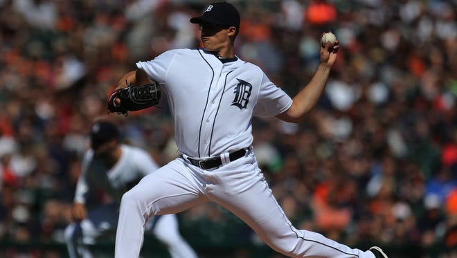 Detroit Tigers pitcher Kyle Lobstein pitches against the Houston Astros during first inning action on Saturday, May 23, 2015 at Comerica Park in Detroit.