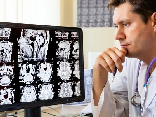 Despite Prevention Guidelines, Few Smokers Seek CT Scans To Check For Lung Cancer