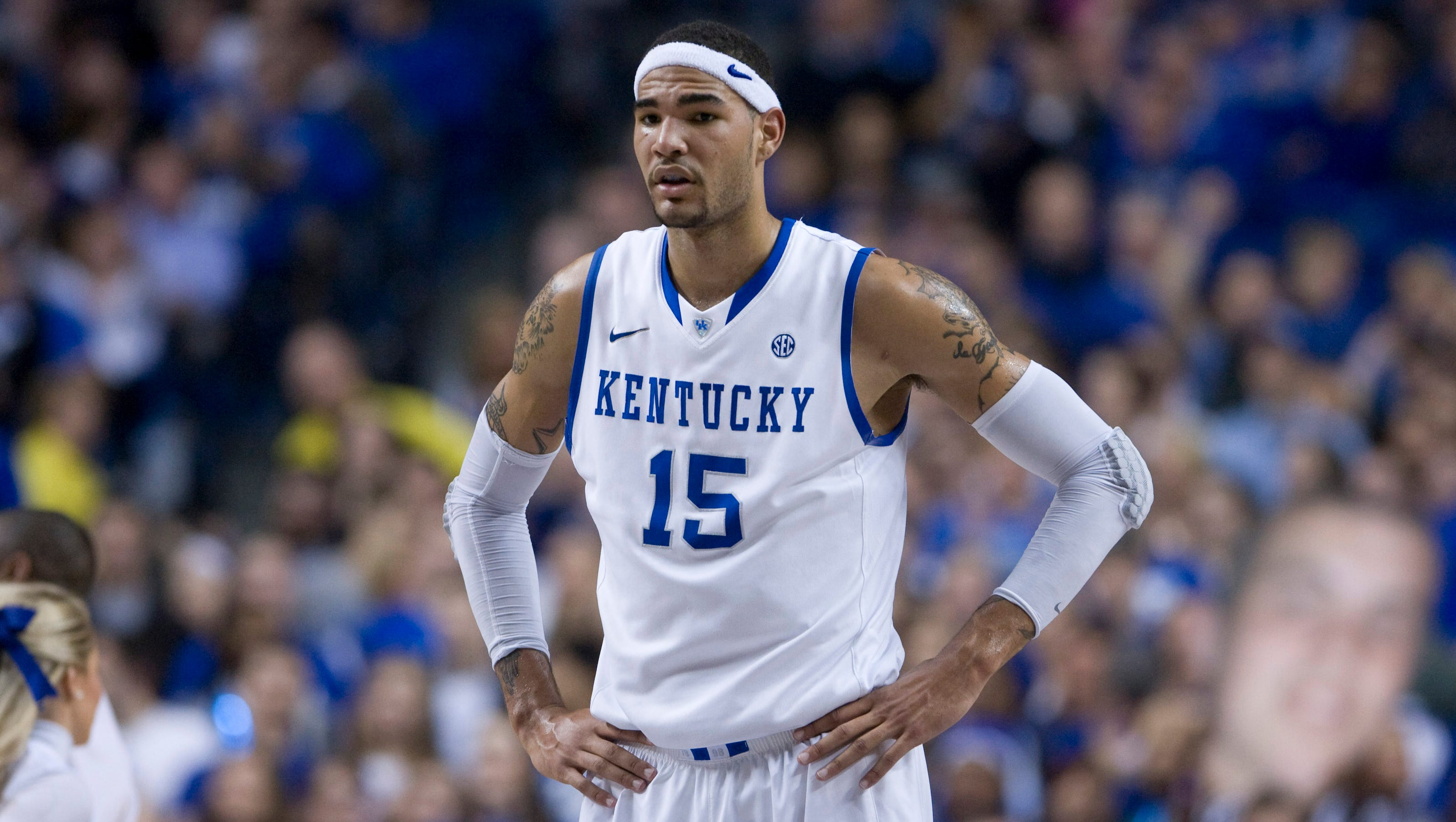 kentucky 39 s willie cauley stein out up to two weeks. Black Bedroom Furniture Sets. Home Design Ideas
