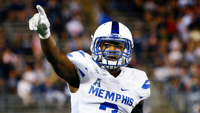 University of Memphis receiver Anthony Miller celebrates a touchdown catch against the University of Connecticut defense during second quarter action in East Hartford, Conn., Friday, October 6, 2017.