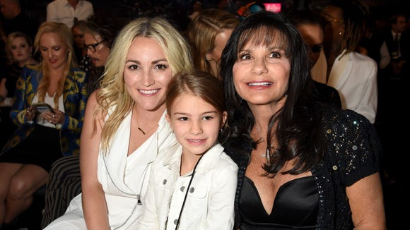 Jamie Lynn Spears, left, is expecting another baby.
