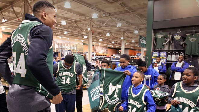 "Giannis Antetokounmpo surprised 15 youth from the Milwaukee Boys & Girls Club ""Emerging Leaders"" Basketball League on May 22 with autographed jerseys as a ""Thank You"" to the city of Milwaukee for Antetokounmpo's Top 10 Ranking this season on DICK'S Sporting Goods Jersey Report. DICK'S also suprised each youth with a $100 shopping spree in the Wauwatosa store."