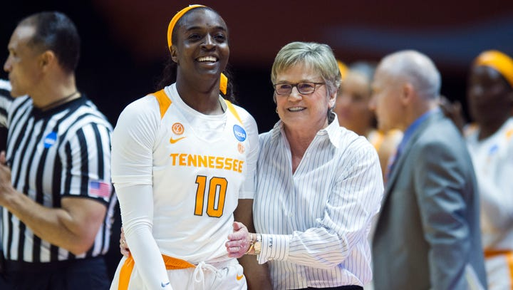 UT Lady Vols: Holly Warlick says she has signed a contract extension through 2021-22