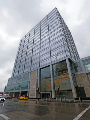 The 833 East office building near the downtown lakefront has landed Ernst & Young as a tenant.