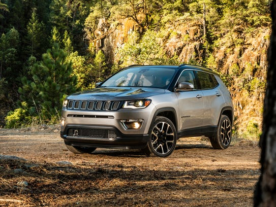 2017 jeep compass makes its north american debut today in. Black Bedroom Furniture Sets. Home Design Ideas