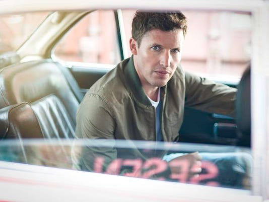 James-Blunt-Main-Pub-2-Scarlet-Page.jpg
