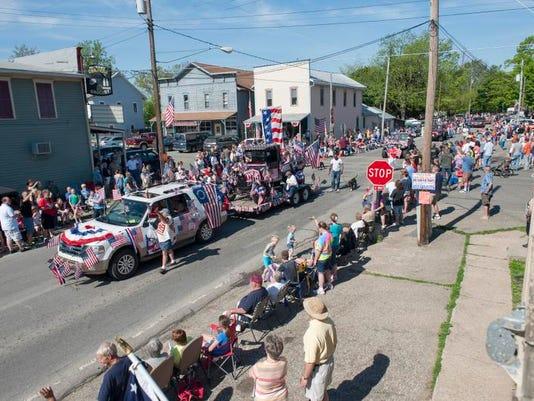 Hickory Corners parade_04.jpg