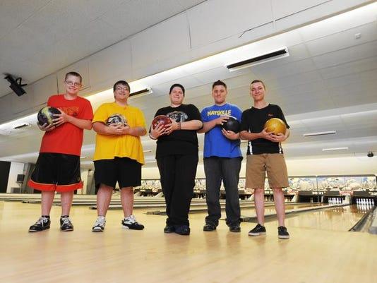 zan 07xx bowling feature.jpg