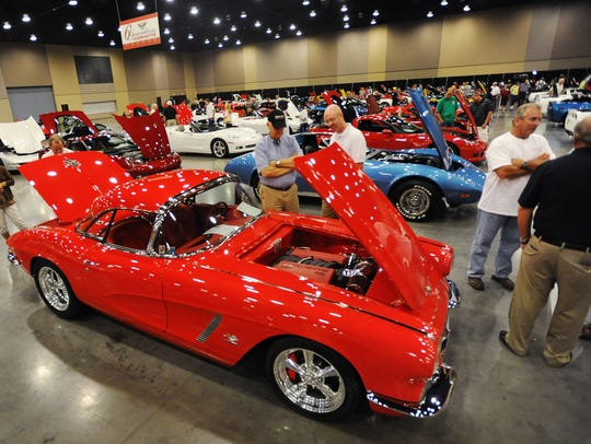 Chevrolet Corvettes with model years spanning over