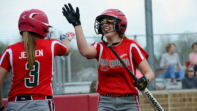 Oak Harbor's Dani Epling is a perfect fit for seven-spot in lineup.