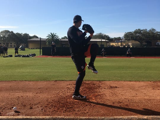 Detroit Tigers pitching prospect Franklin Perez throws