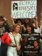 Martha Linda MacDonald, left Nydia Reyes, right and Michelle Zammora with sign wait for Oscar de la Hoya outside the Speaking Rock Casino.