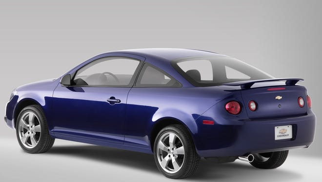 A 2005 Chevrolet Cobalt couple, one of the cars recalled by GM for a defective iginition switch.
