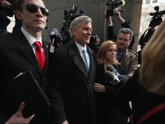 Former Virginia governor Robert McDonnell arrives at U.S. District Court for the Eastern District of Virginia for his corruption trial sentencing Jan. 6, 2015, in Richmond, Va.