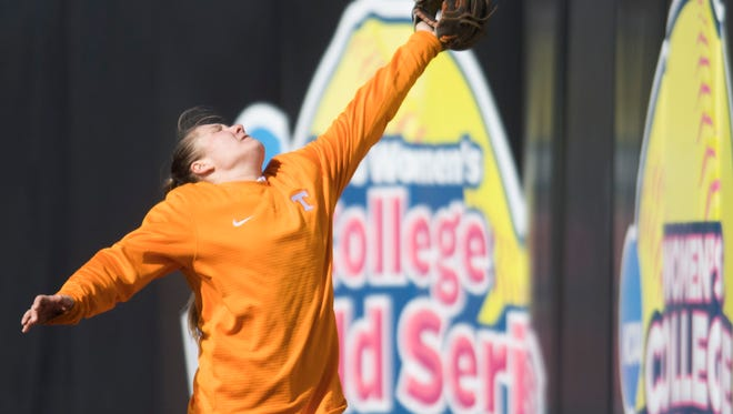 Abby Lockman makes a catch during University of Tennessee softball practice Wednesday, Jan. 31, 2018.