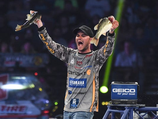 Final 2018 GEICO Bassmasters Classic Sunday weigh in