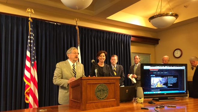 "Gov. Terry Branstad announces Iowa's new ""Zero Fatalities"" traffic safety campaign."
