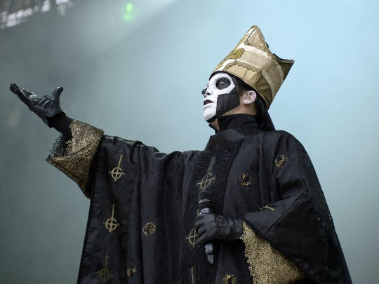 Papa Emeritus III of Swedish band Ghost BC performs during the Rock-en-Seine music festival in Saint-Cloud near Paris on August 28, 2015. AFP PHOTO / BERTRAND GUAY (Photo credit should read BERTRAND GUAY/AFP/Getty Images)