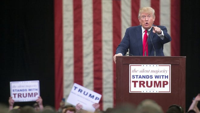 Donald Trump speaks at the Knoxville Convention Center on Nov. 16, 2015.