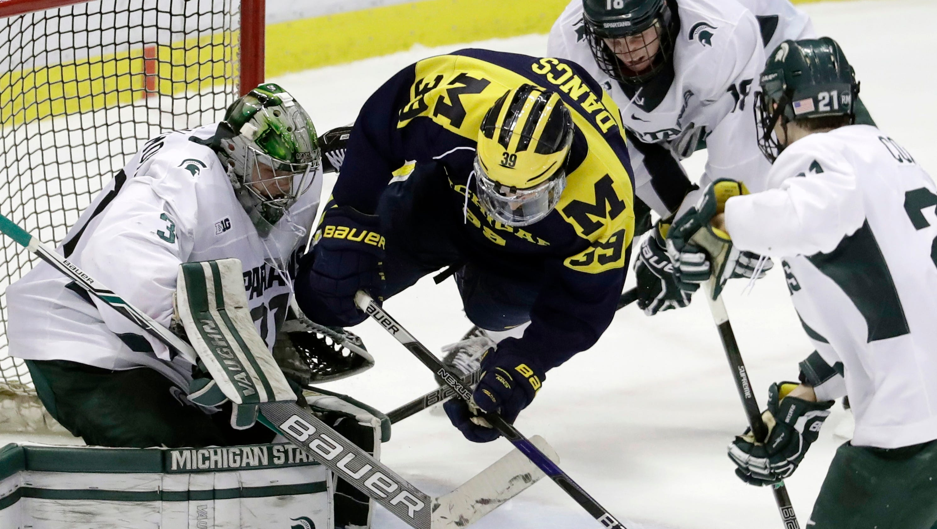 636204643888549756-ap-michigan-michigan-st-hock