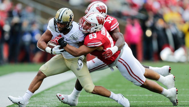Linebacker T.J. Edwards and the UW defense will try and contain the Maryland offense on Saturday at Camp Randall Stadium.