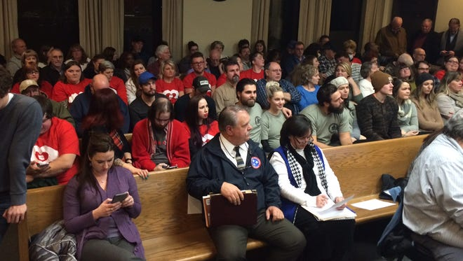 Audience for the Dickson County Commission vote on resolution Tuesday night.