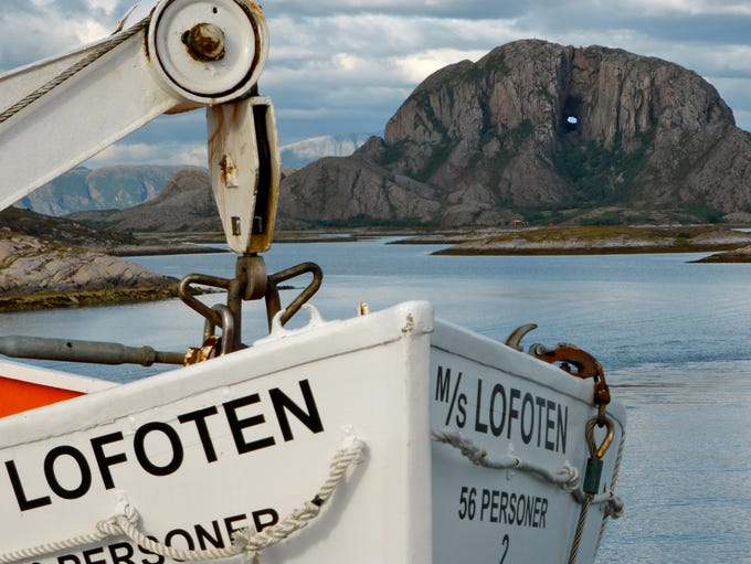 Including the MV Lofoten, Hurtigruten operates thirteen