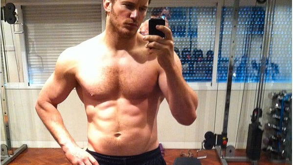 Chris Pratt takes posts a selfie on Instagram showing his tight abs.