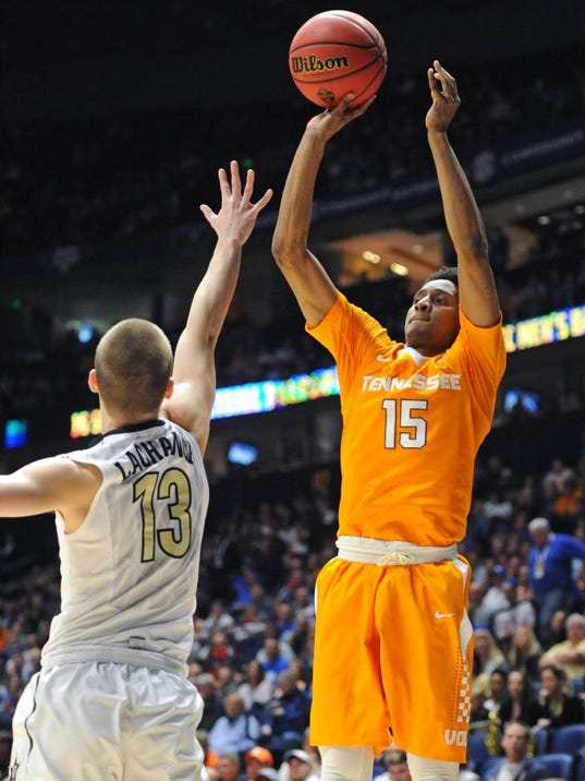 Instant-feedback cameras are watching Tennessee basketball ...
