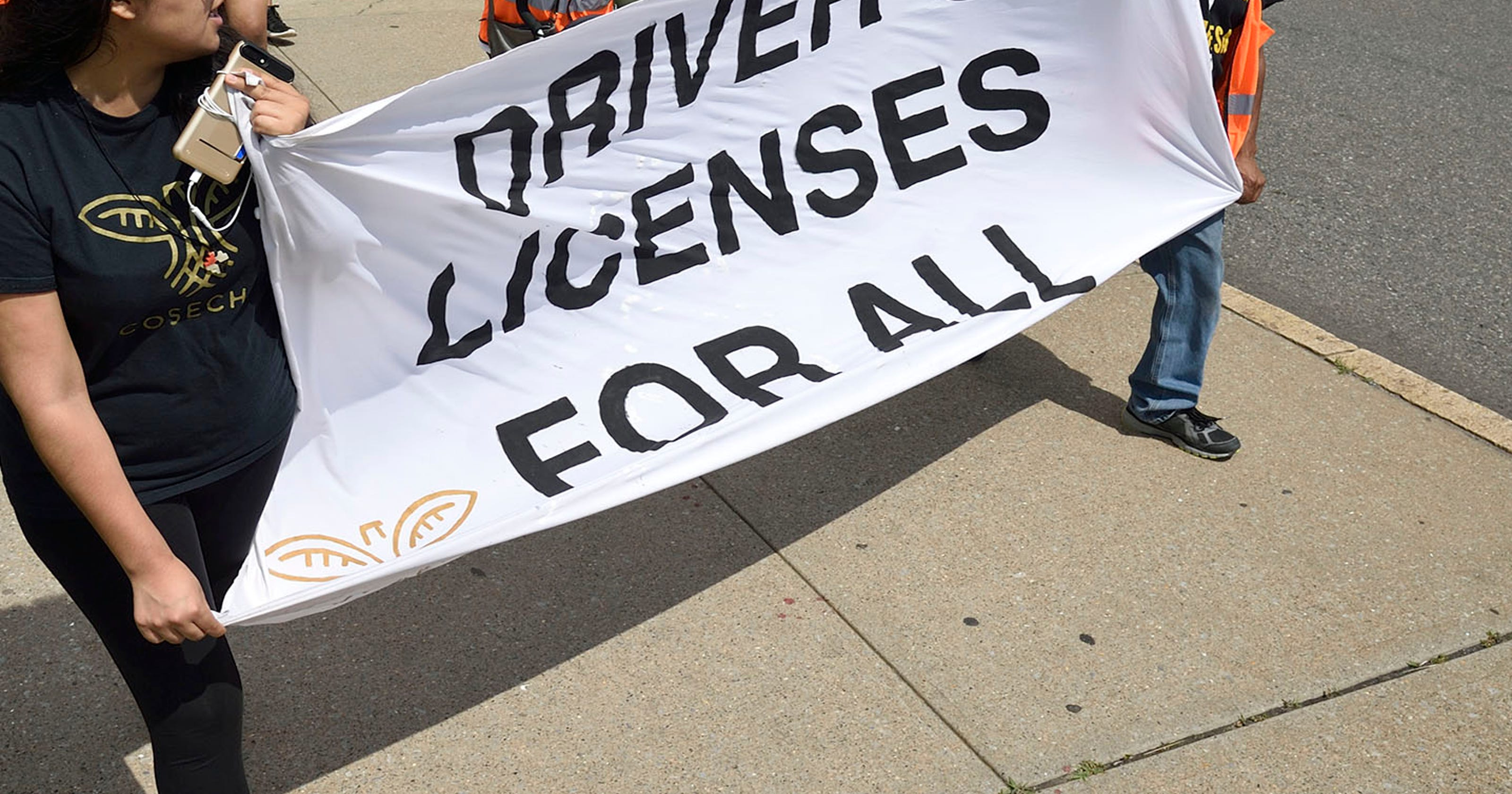 Push for vote on NJ driver's licenses for undocumented