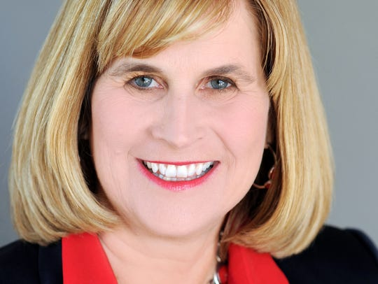 Michelle Coons, FirstSun Capital Bancorp's regional