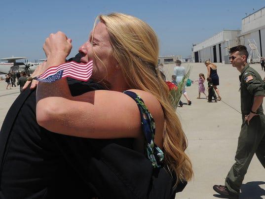 Sailors return home 1