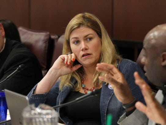 Patricia Farley, R-Las Vegas, center, is shown at the