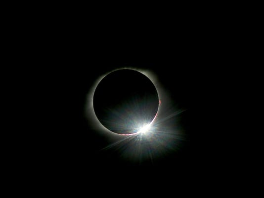 636389324326604902-1-Eclipse.jpg