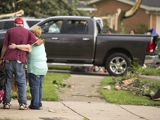 636077123822000124-26-tornado.jpg