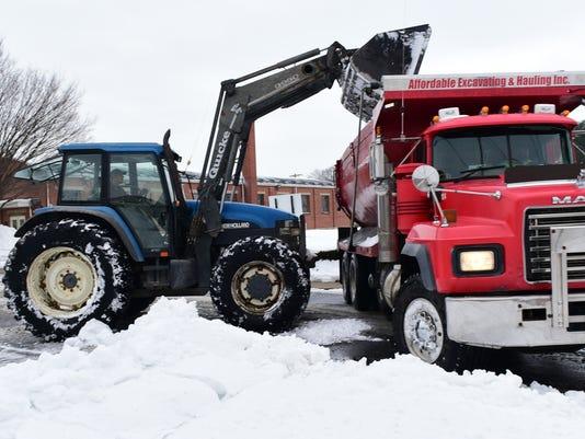 CPO-MWD-012616-snowremoval