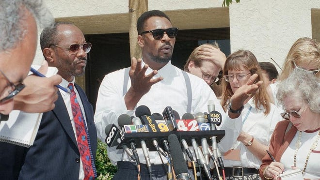 In the 1992 trial of the four police officers who beat Rodney King in Los Angeles, the decision to acquit by an all-white jury led to riots in the city.