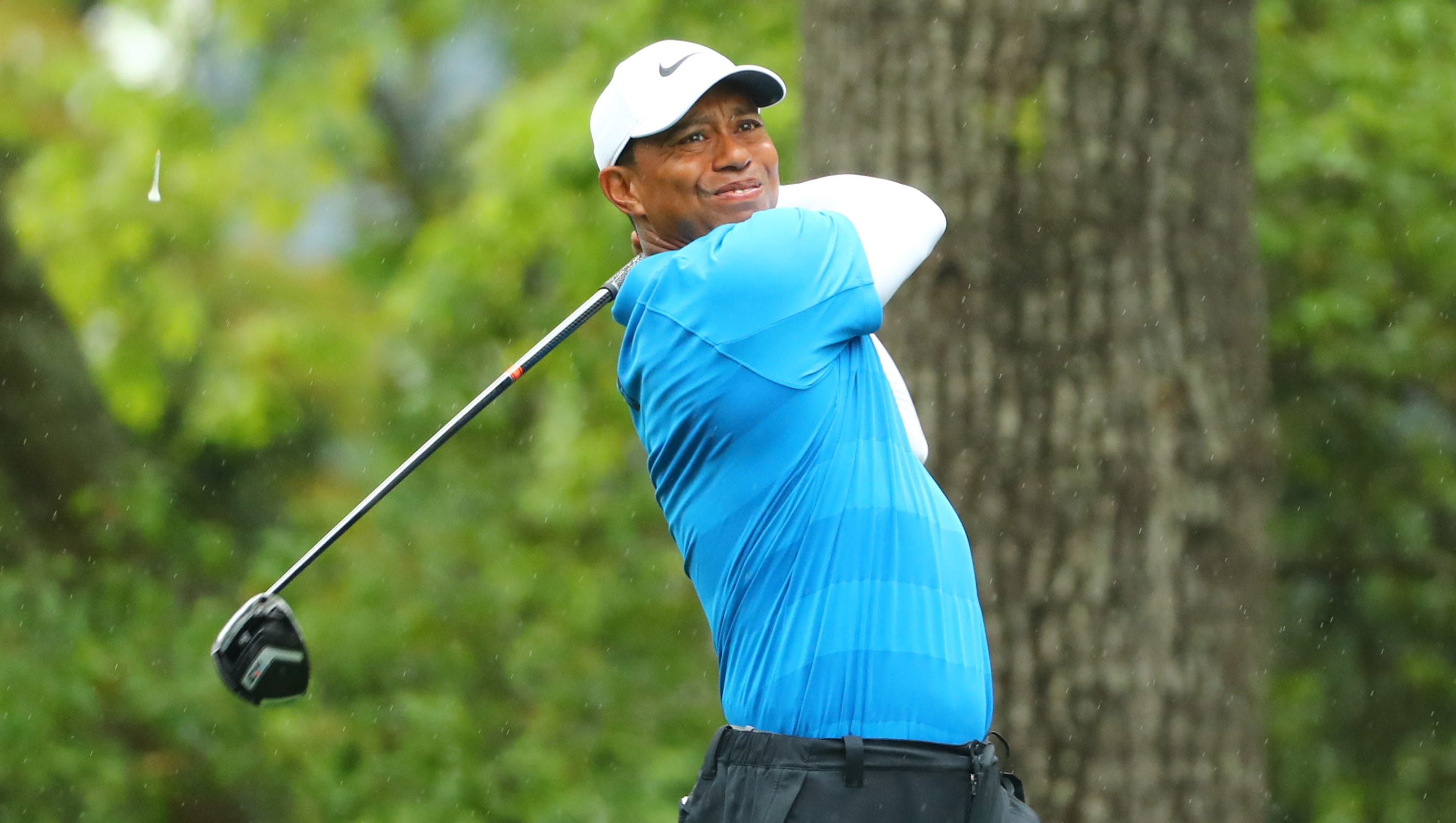 tiger woods  golfer says he u0026 39 ll play in wells fargo  the