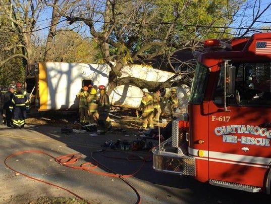 636154834269883888-APTOPIX-Chattanooga-Bus-Crash.JPEG-0ca98.JPG