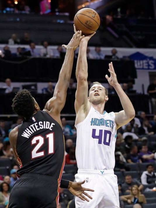 Heat_Hornets_Basketball_51054.jpg