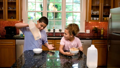 Obesity is known to run in families, but new research suggests this relationship may be the strongest among siblings. Although older children in a two-child home with an obese parent are more than twice as likely to be obese, having an obese older sibling may raise the risk more than fivefold for a younger child, whether the parents are obese or not, the researchers reported.