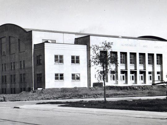 armory 1942.jpg