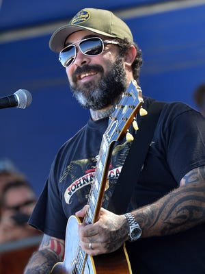 Aaron Lewis will be in concert March 2 at Green Bay Distillery in Ashwaubenon.