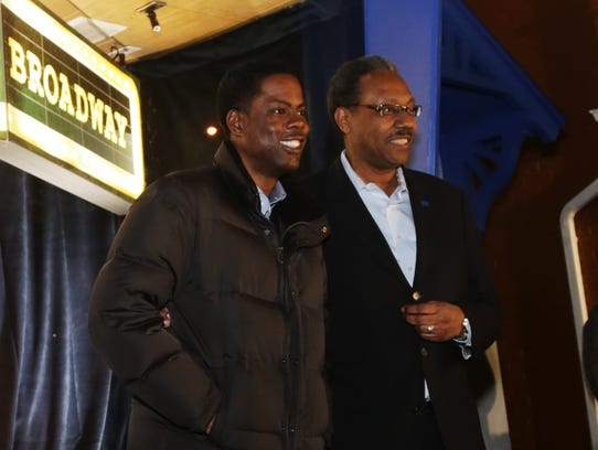 Chris Rock poses for cameras with Motown Museum interim