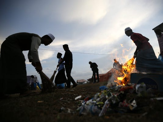 EPA EPASELECT INDONESIA ACEH ROHINGYA MIGRANT POL REFUGEES MYA