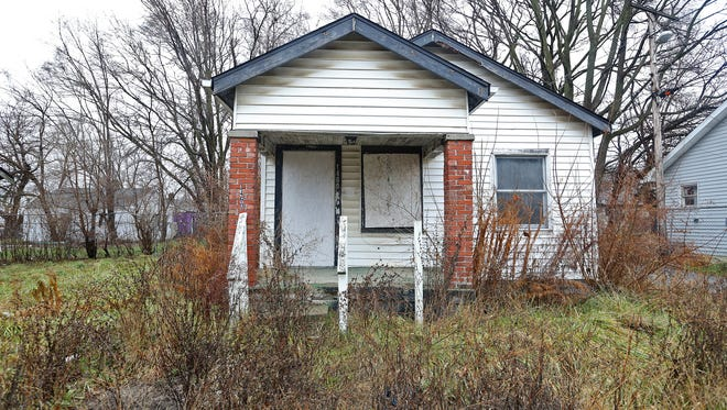 Hillside residents filed 166 complaints with the city about tall grass and brush growing in vacant lots and the yards of abandoned homes in 2013.