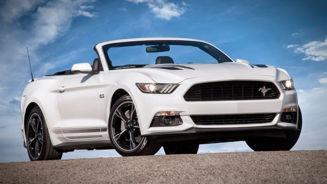 2016 Ford Mustang GT  convertible with the California Special package has 19-inch ebony-painted machined aluminum wheels and more.