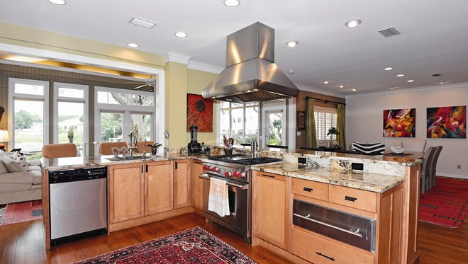 125 Chanteclaire Circle, the chef's kitchen with a view.